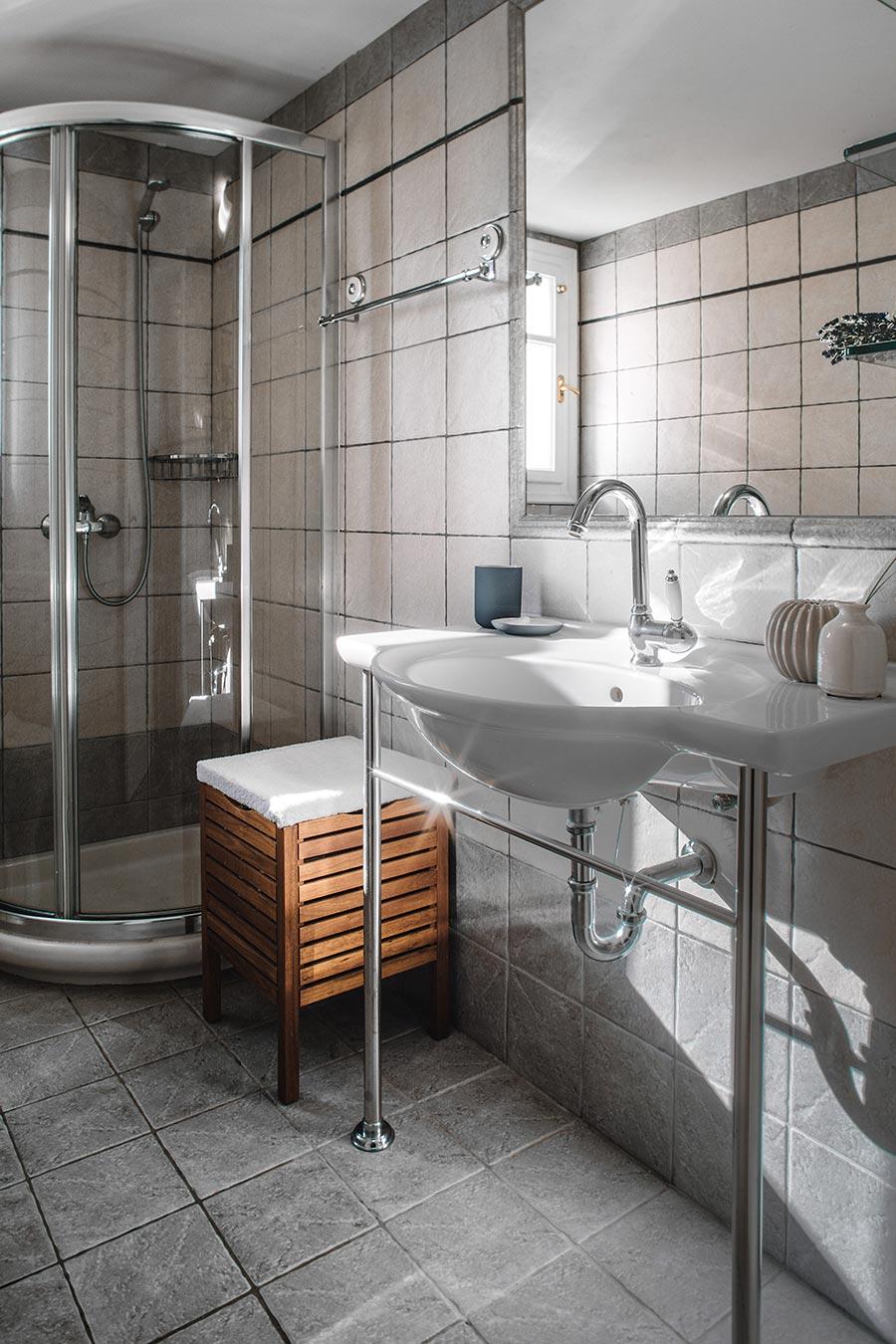 Dandelion Villas Paxos Jasmine Villa Bathroom