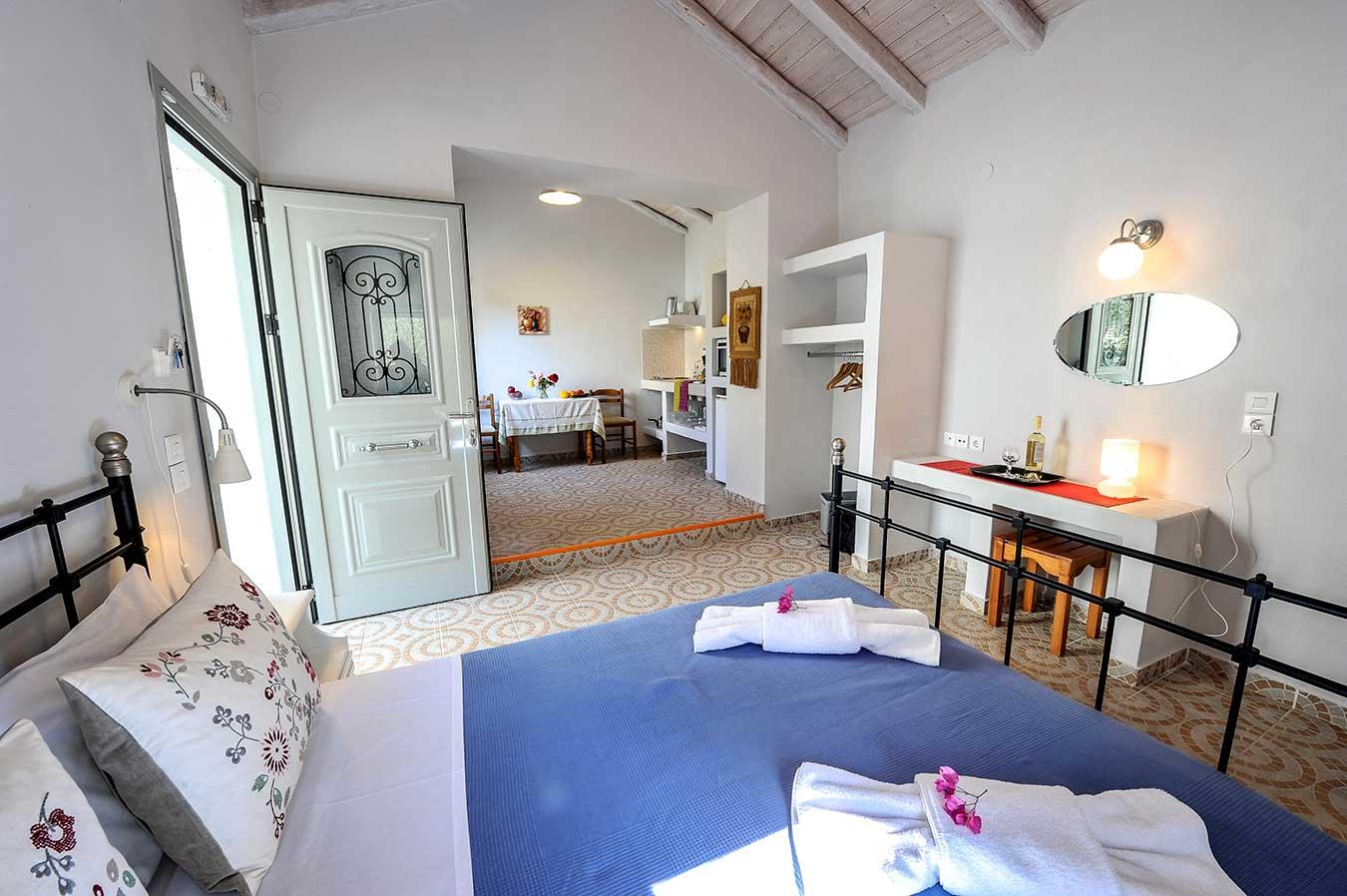 Dandelion Villas Paxos Aiminlia Cottage