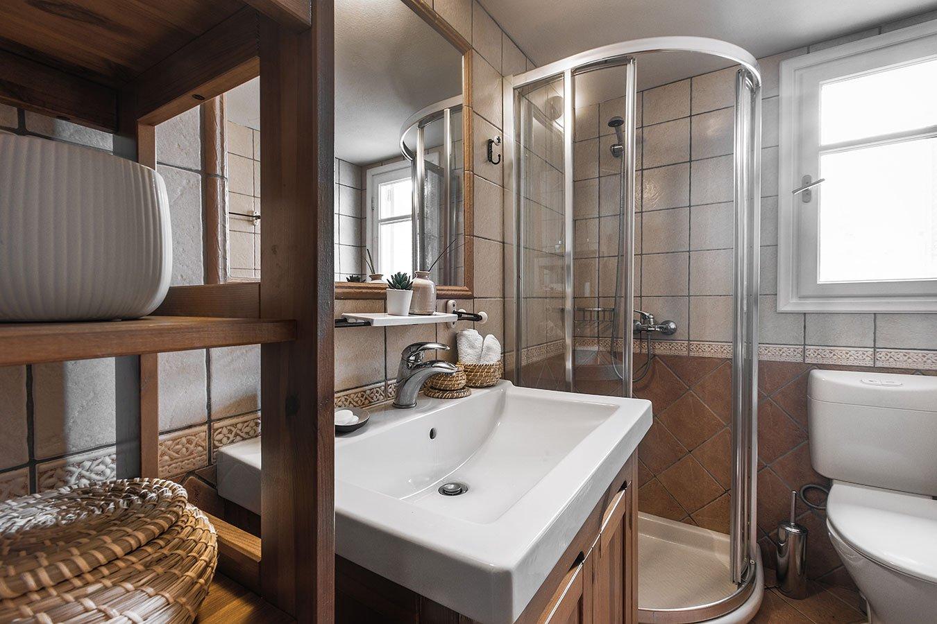 Dandelion Villas Paxos Gardenia Villa Bathroom