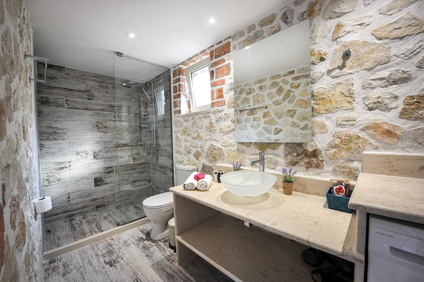Dandelion Villas Paxos Semeli Villa Bathroom