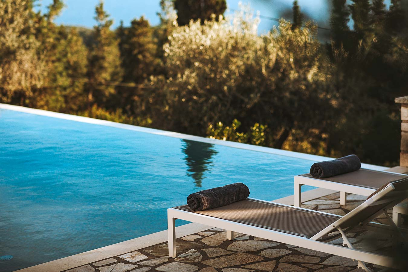 Round-House Paxos Villa Pool Area