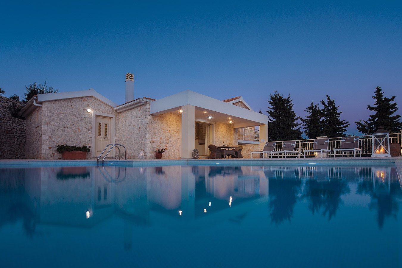 Kyparissi Villa Paxos Night