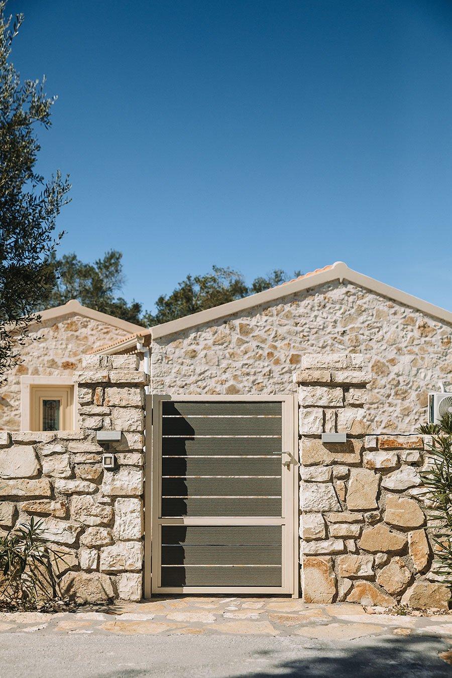 Sapfo Paxos Villa Entrance