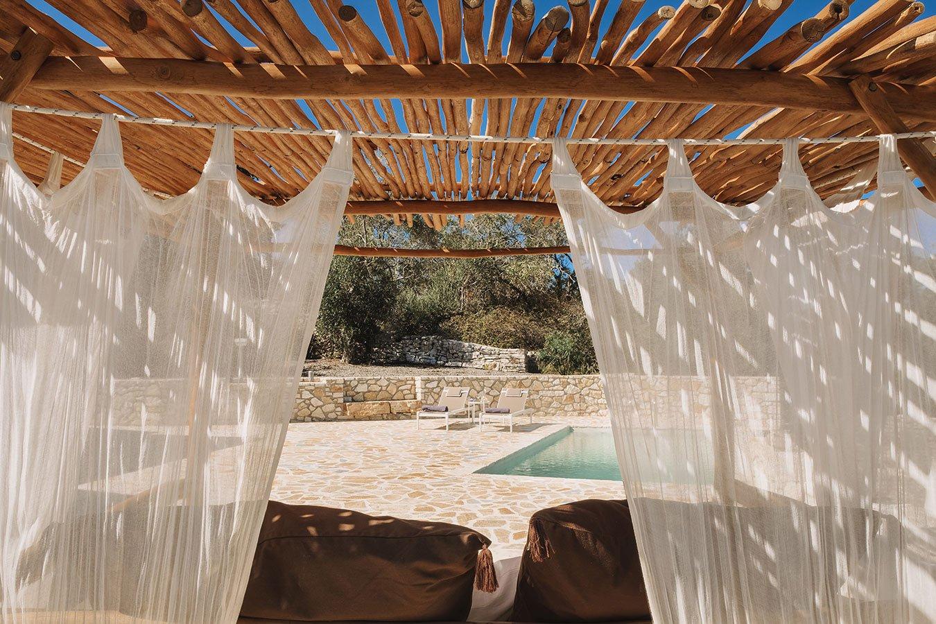 Sapfo Villa Paxos Pool Bed 2